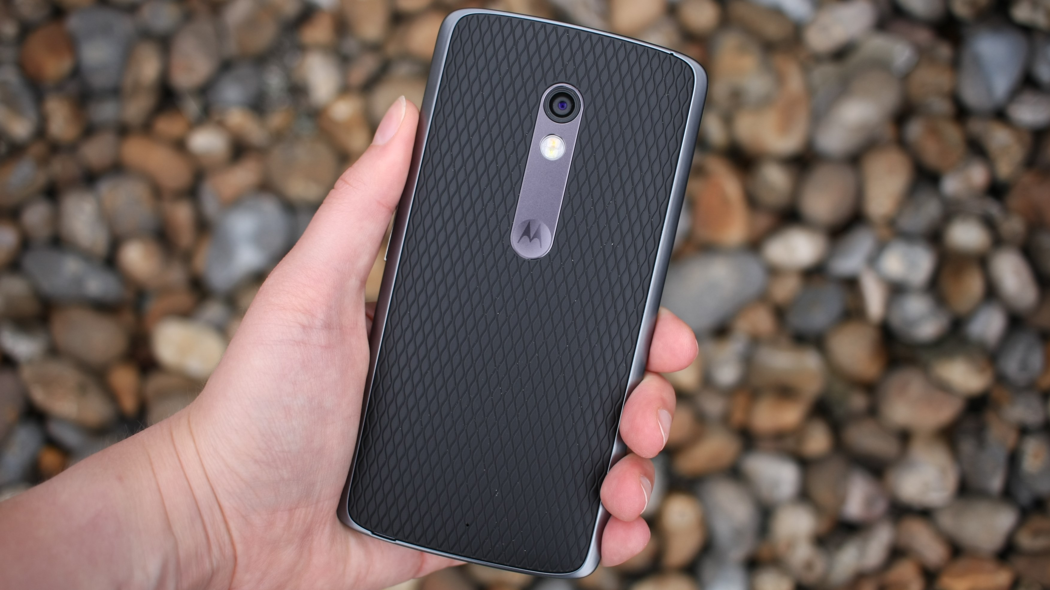 Moto z moto z play now available in india price specifications and - Moto X Play Rear