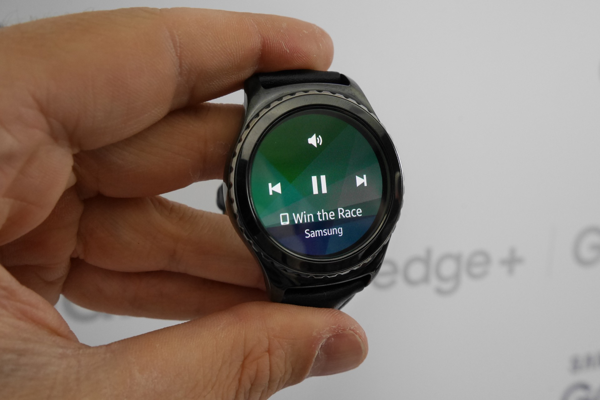 Samsung Gear S2 & Gear S2 Classic review - hands on | Expert Reviews
