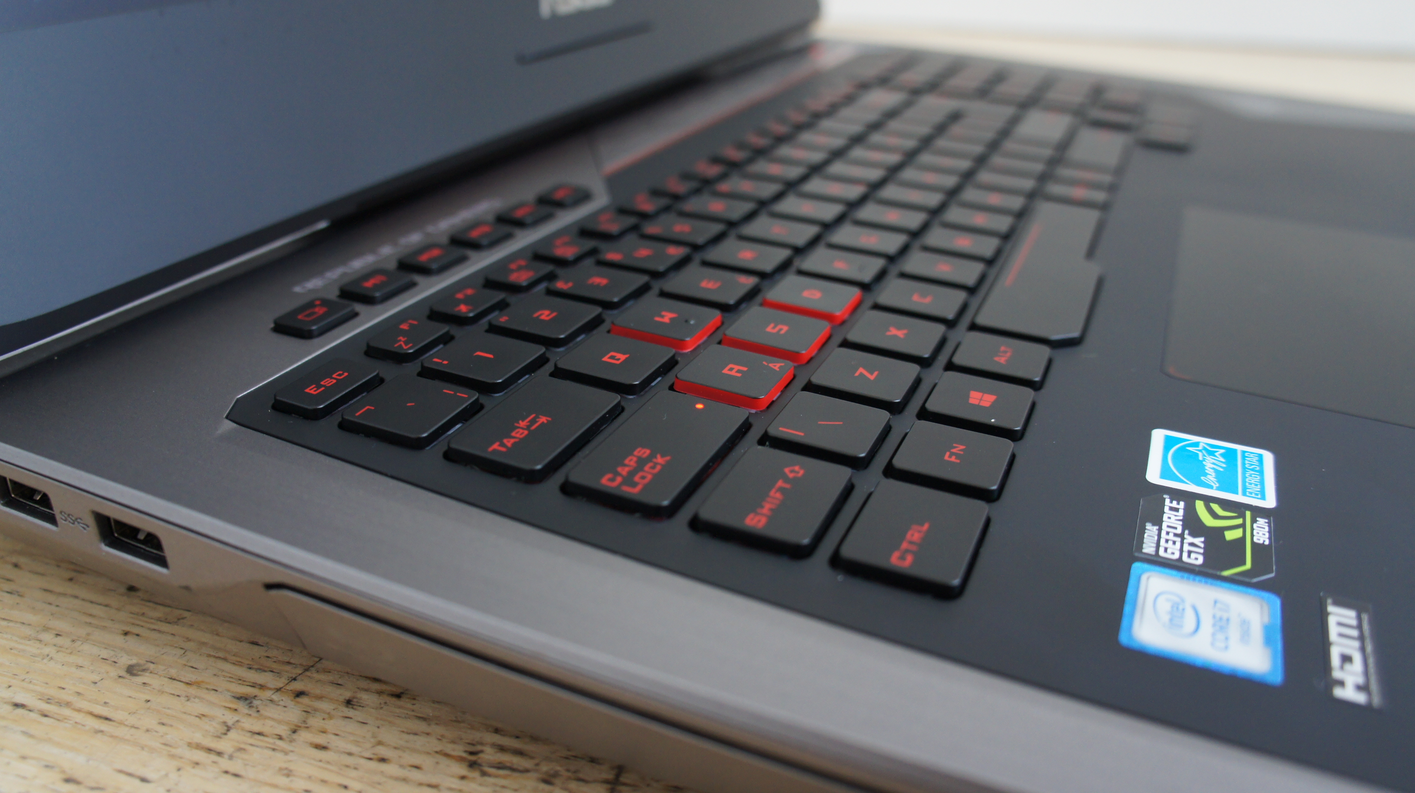 asus rog g752vy pictures expert reviews