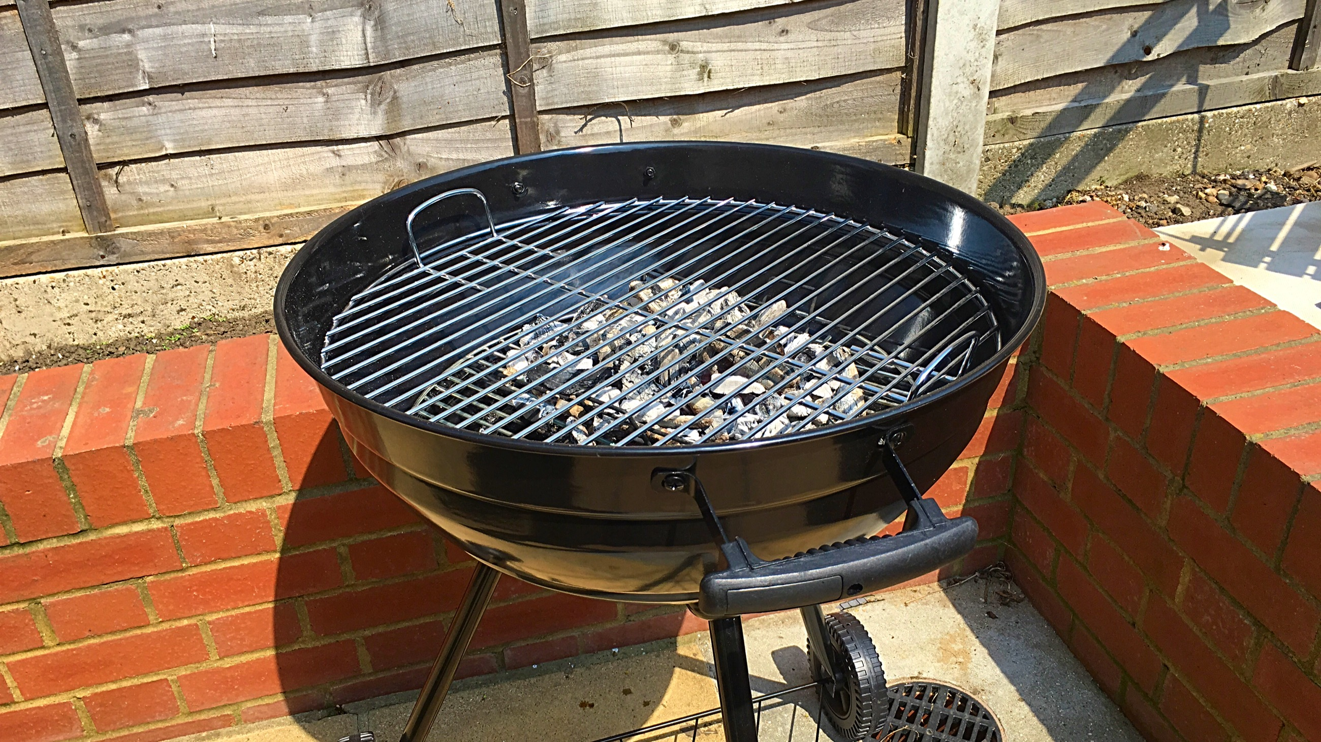 Landmann Holzkohlegrill Xxl 11510 : Landmann grill chef 31347 57cm premium review a great bbq for £100