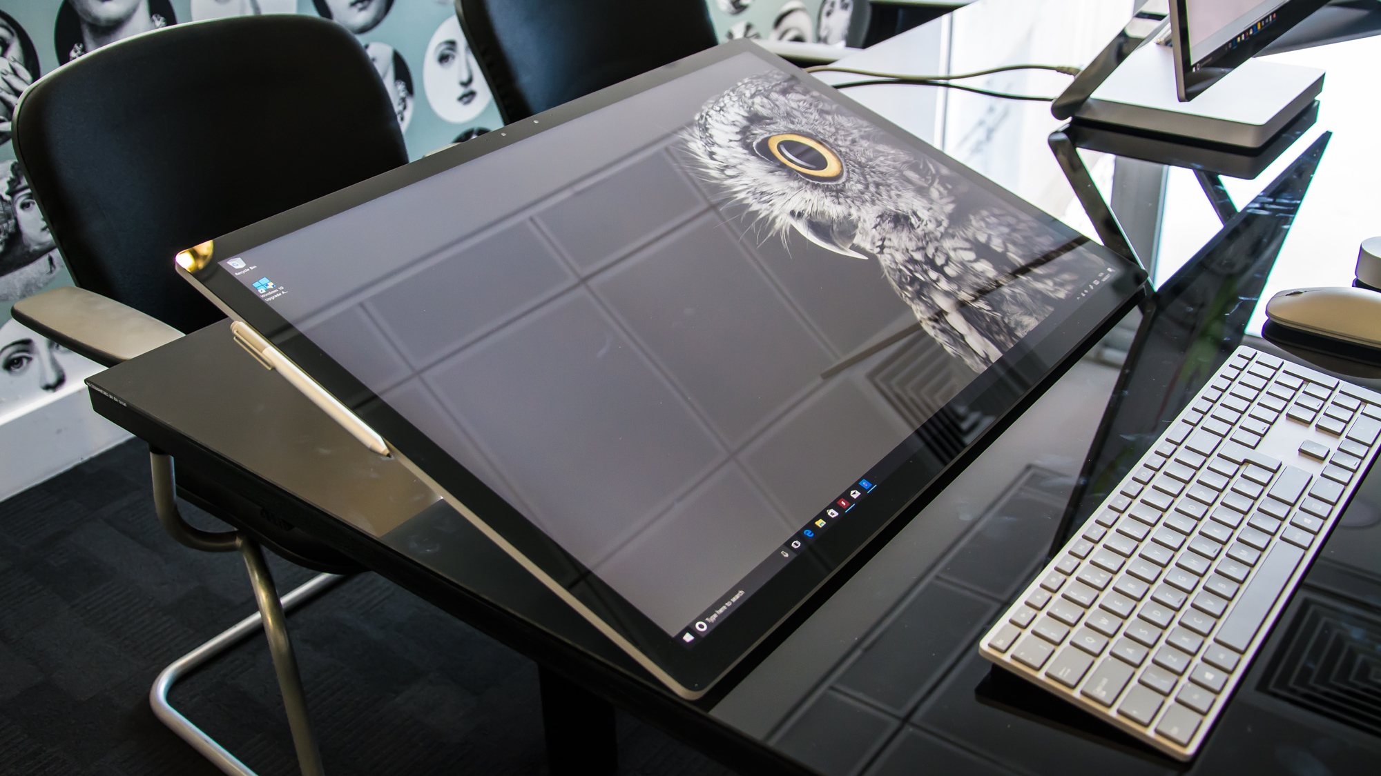 microsoft surface studio review extraordinarily expensive but an intriguing imac alternative. Black Bedroom Furniture Sets. Home Design Ideas