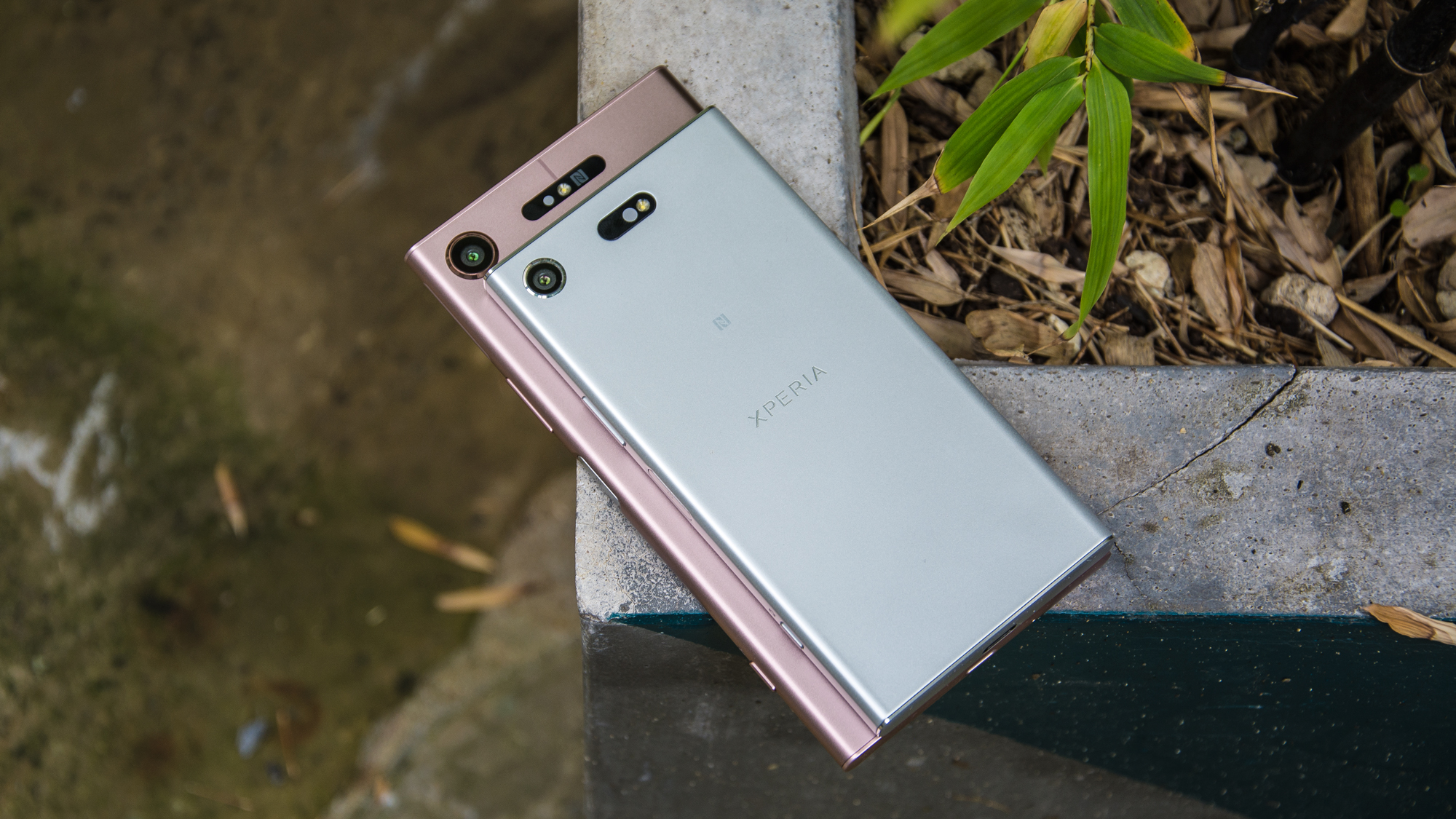 sony zx1 compact. sony xperia xz1 compact review: a mini handset with flagship features | expert reviews zx1 e