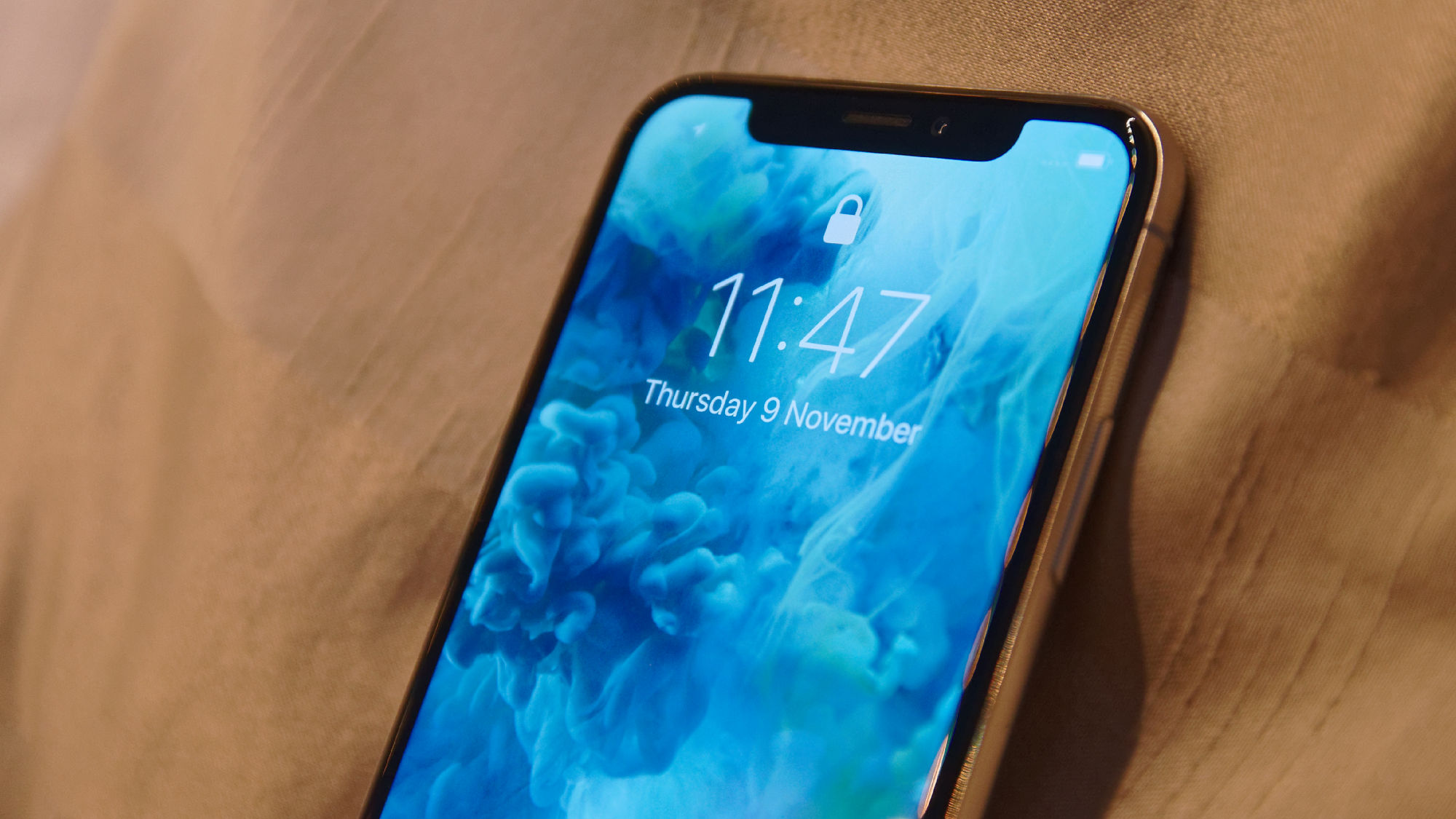 apple iphone x review a great phone but is apple killing the iphone x expert reviews. Black Bedroom Furniture Sets. Home Design Ideas