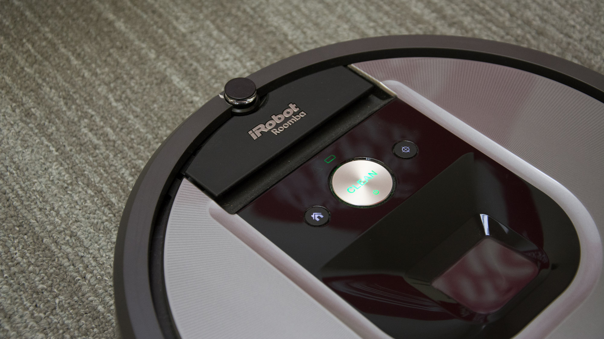 Irobot Roomba 960 And 966 Review A High End Robot Vacuum