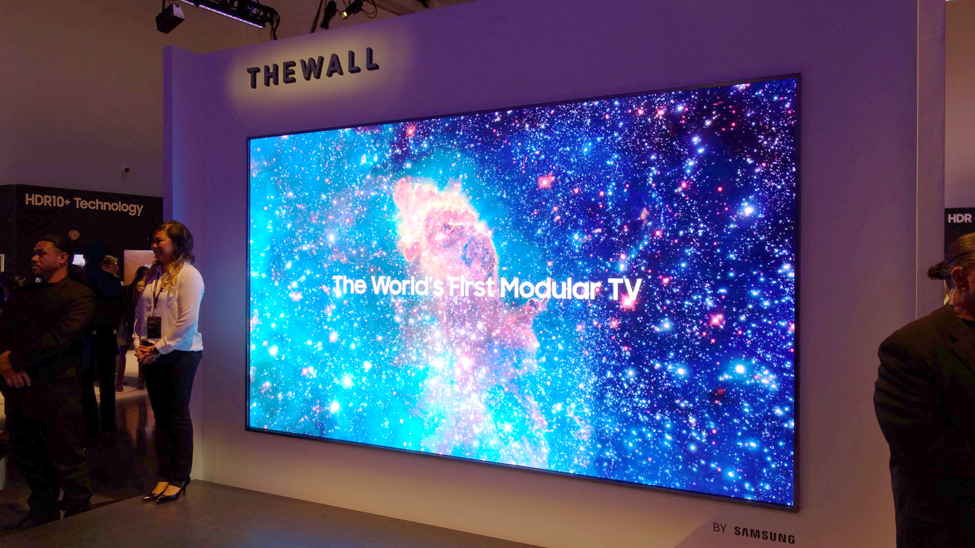 Samsung The Wall Samsung Launches 146in Modular Tv At Ces