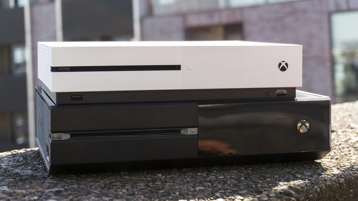 Xbox One Vs Xbox One S : Xbox one vs s which is the right