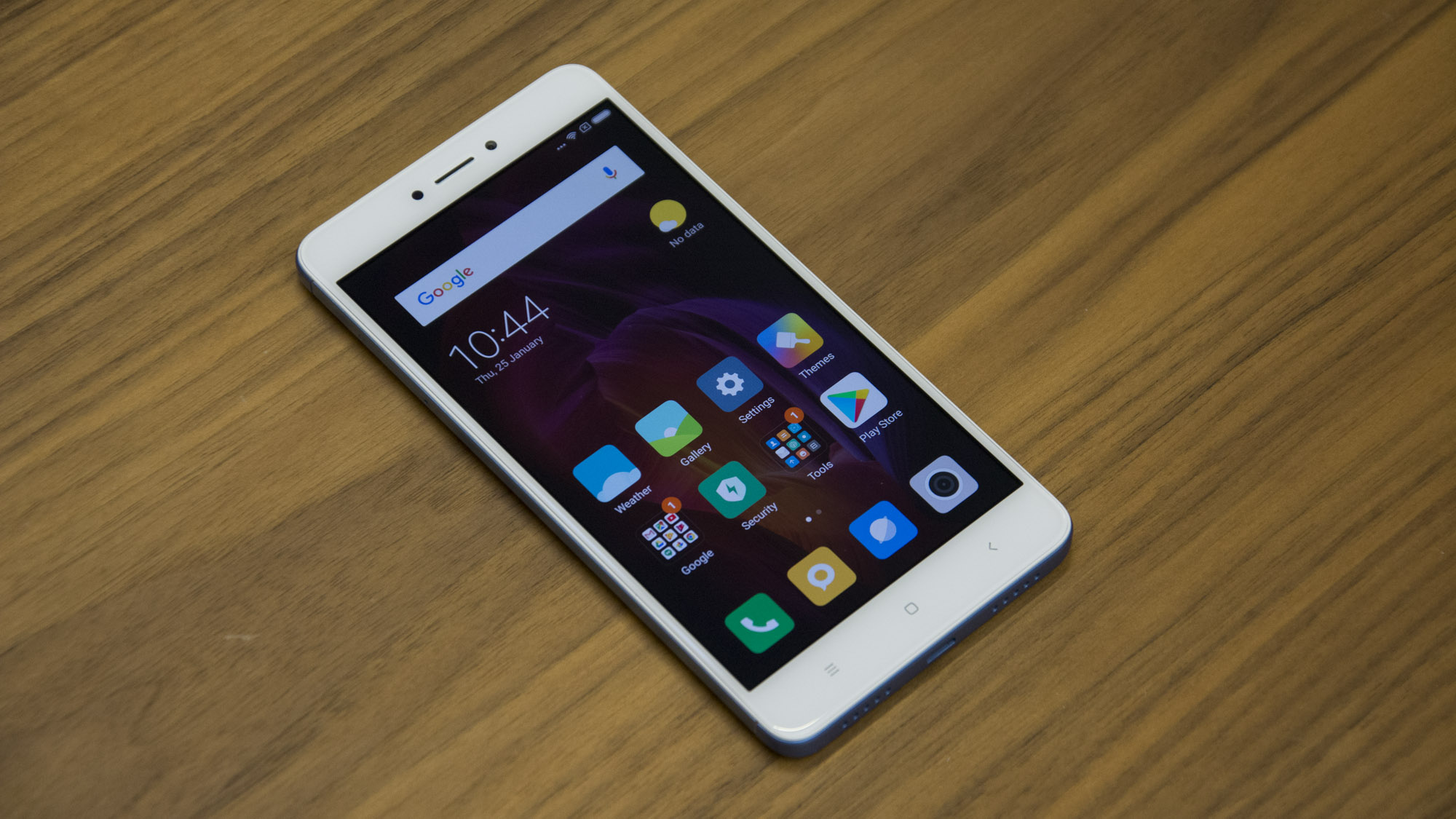 Xiaomi redmi note 4x review the new 150 smartphone king expert xiaomi redmi note 4x review display the phone has a full hd 1920 x 1080 ips display that measures 55in across the diagonal stopboris Image collections