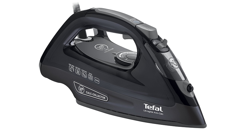 best steam iron the best steam irons to buy from 15. Black Bedroom Furniture Sets. Home Design Ideas