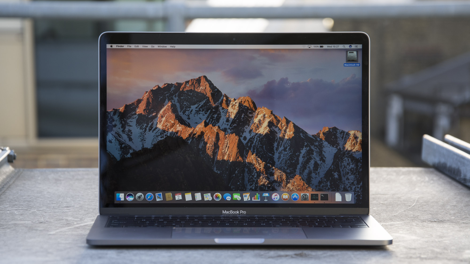 apple macbook pro review 100 off an awesome laptop expert reviews