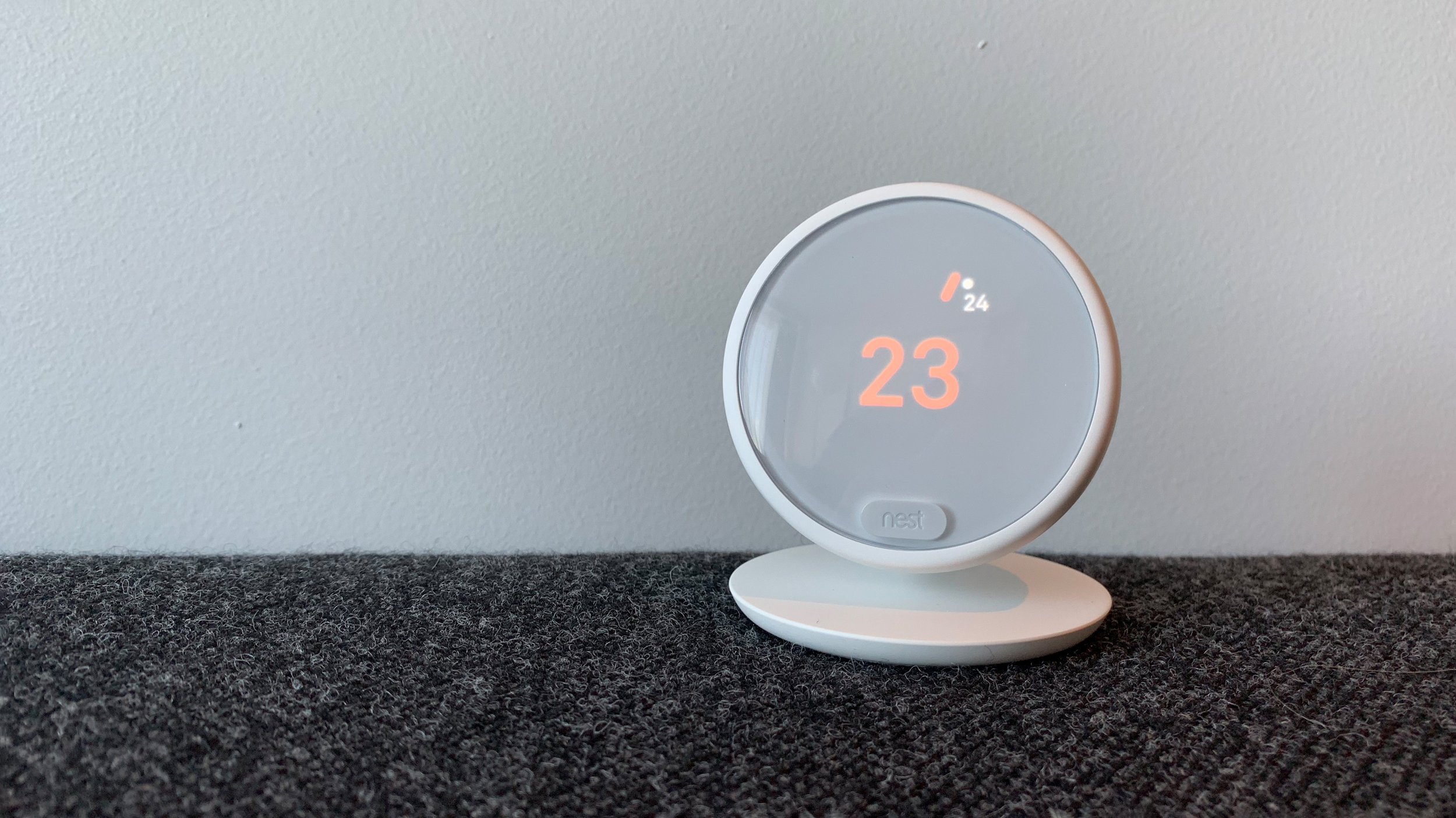 Nest Thermostat E Review  Hands