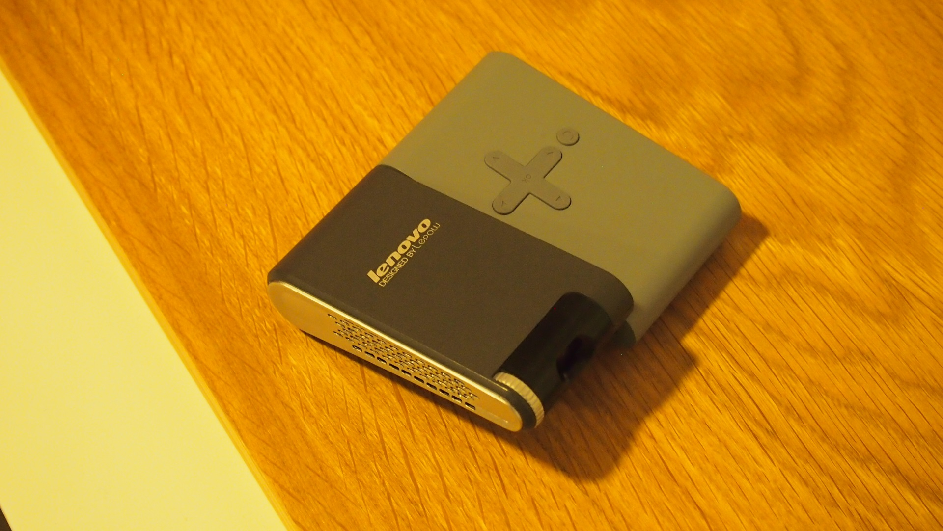 Lenovo pocket projector review hands on expert reviews for Best pocket projector review