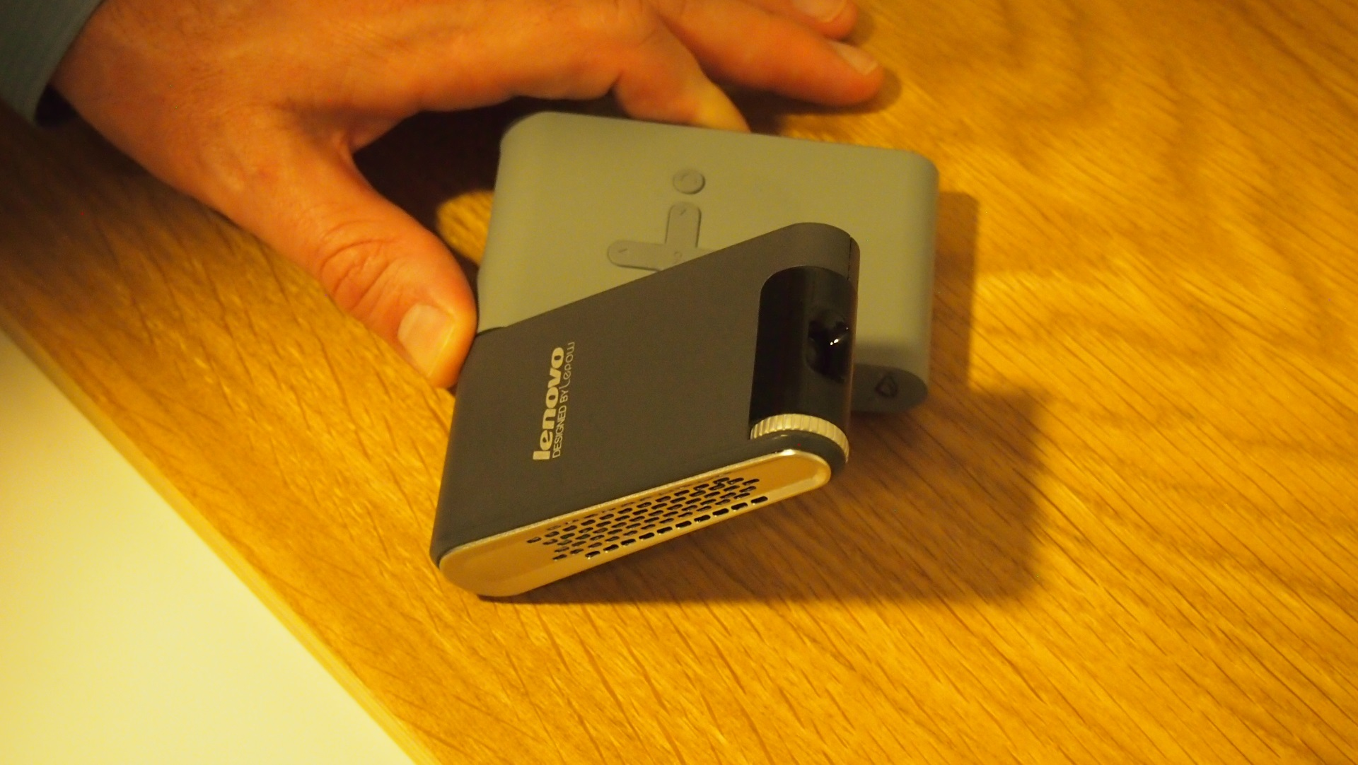 Lenovo pocket projector review hands on expert reviews for Pocket movie projector