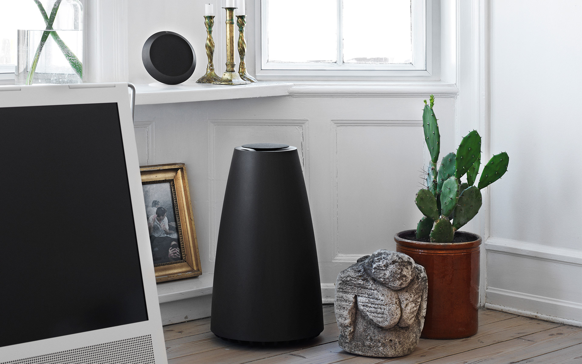 b o play beoplay s8 expands bang olufsen 39 s speaker. Black Bedroom Furniture Sets. Home Design Ideas