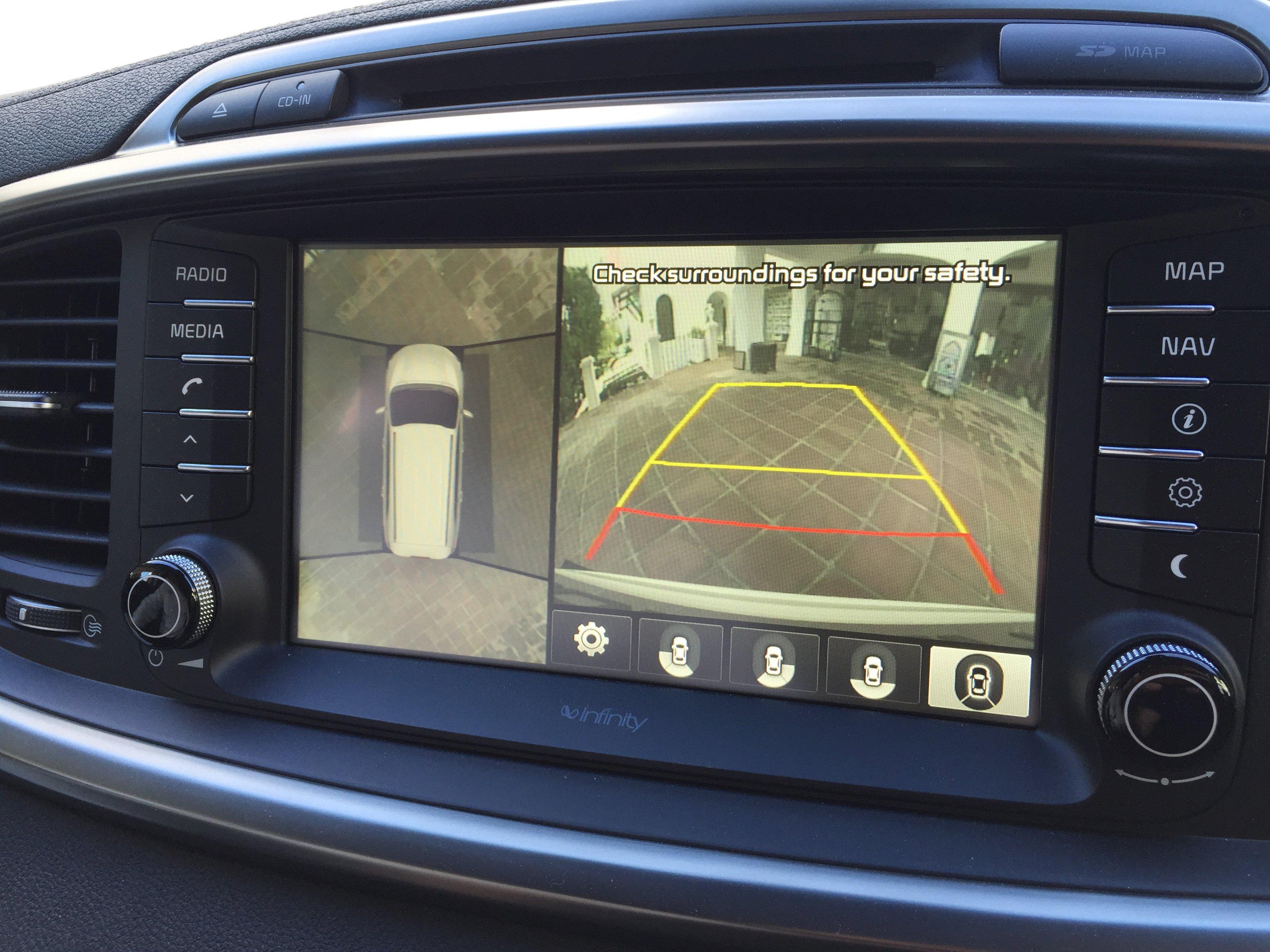 kia sorento review tech drive 2015 kx 2 kx 3 kx 4 expert reviews rh expertreviews co uk 2012 kia sorento navigation system manual 2013 Kia Sorento Navigation System