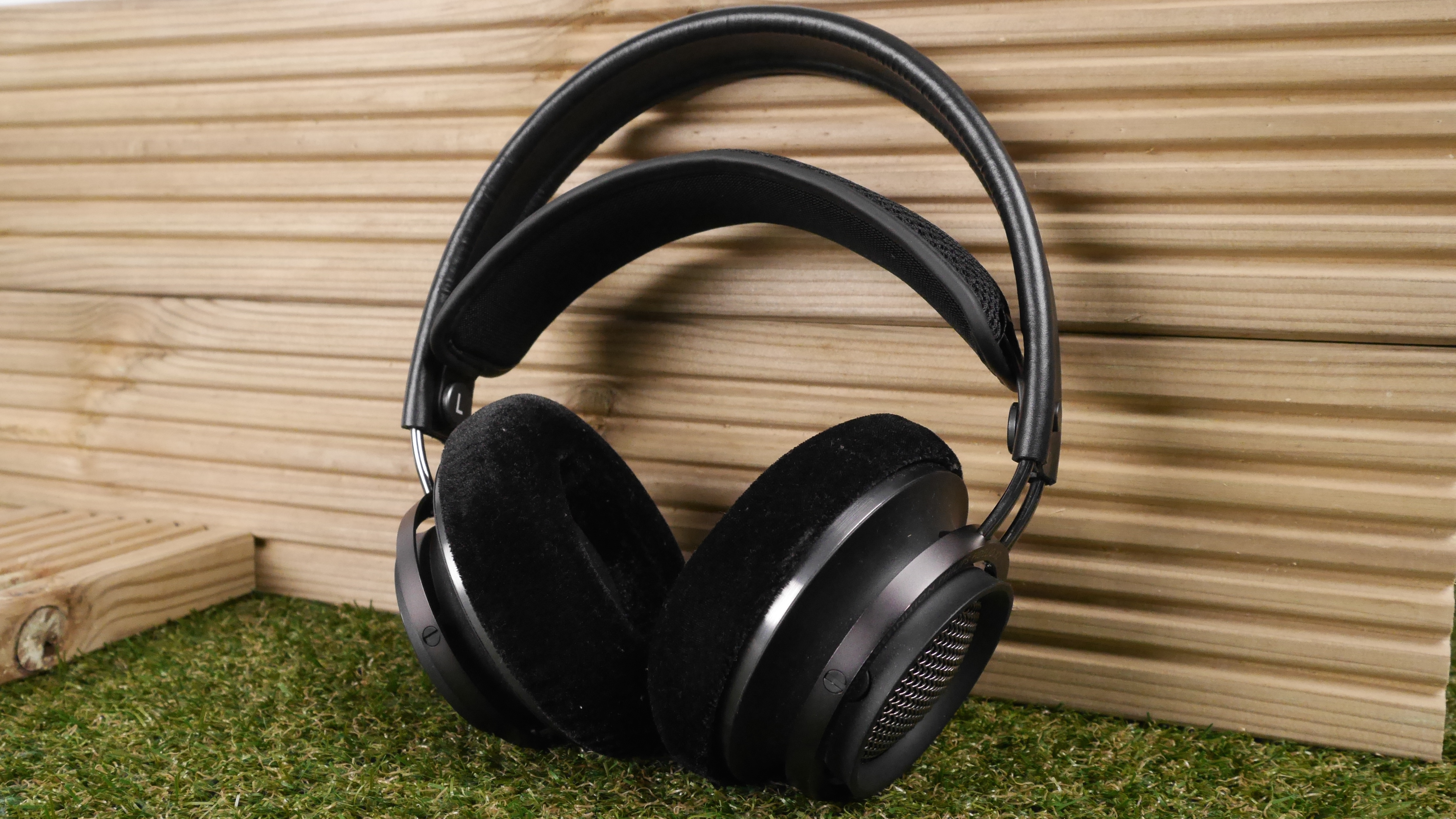 Image Result For Over Ear Headphone Reviews