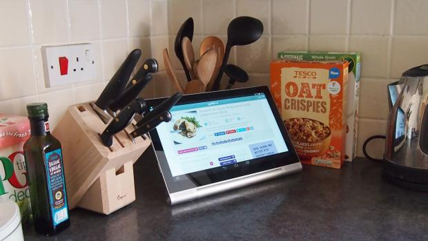 Lenovo Yoga Tablet 2 Pro kitchen