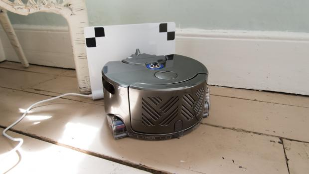 dyson 360 eye review the only robot vacuum to buy. Black Bedroom Furniture Sets. Home Design Ideas