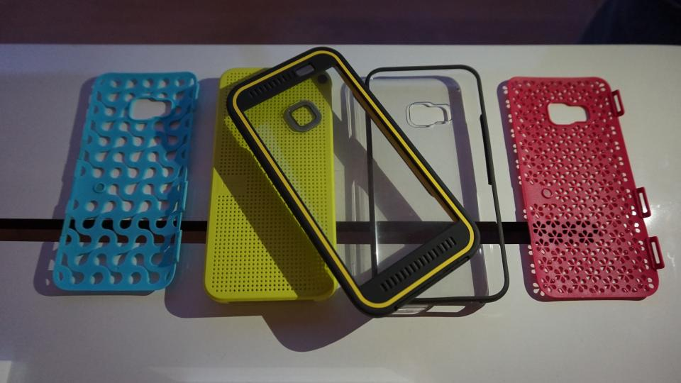 HTC One M9 DotView cases