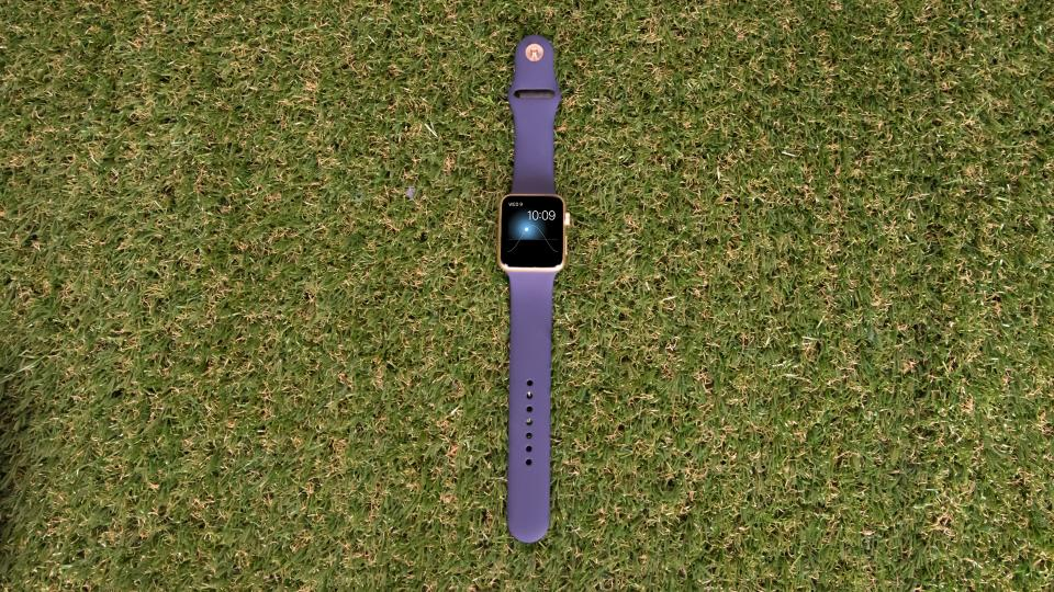 Apple Watch 42mm Sport Yellow Gold front