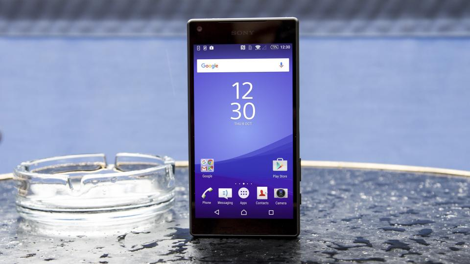 Sony Xperia Z5 Compact display