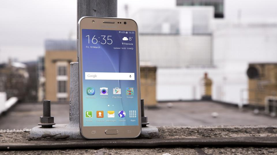 Samsung Galaxy J5 Review 2016 2017 Model Is Here But It Worth