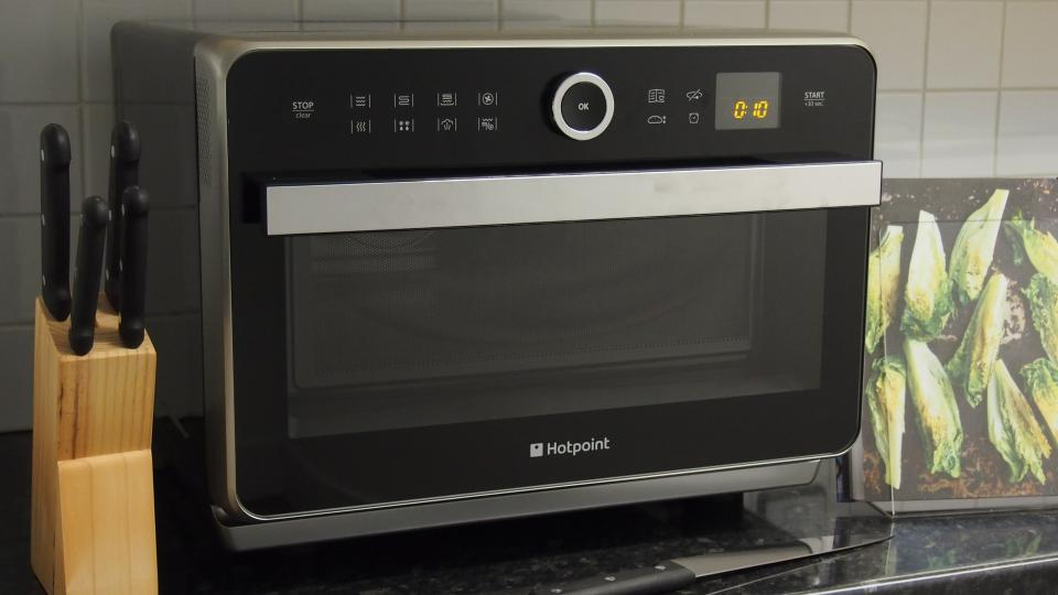 Hotpoint Ultimate Collection MWH33343B microwave review Expert Reviews