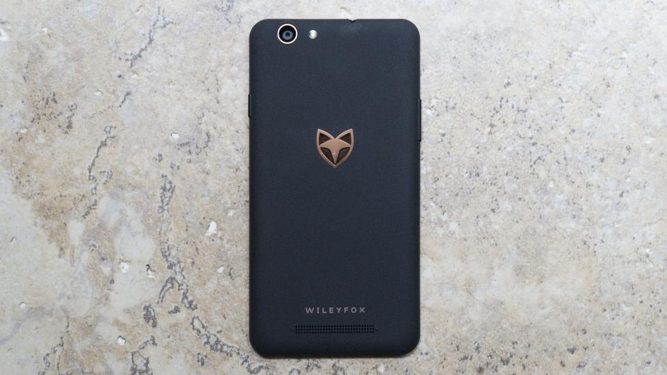 Wileyfox Spark X rear