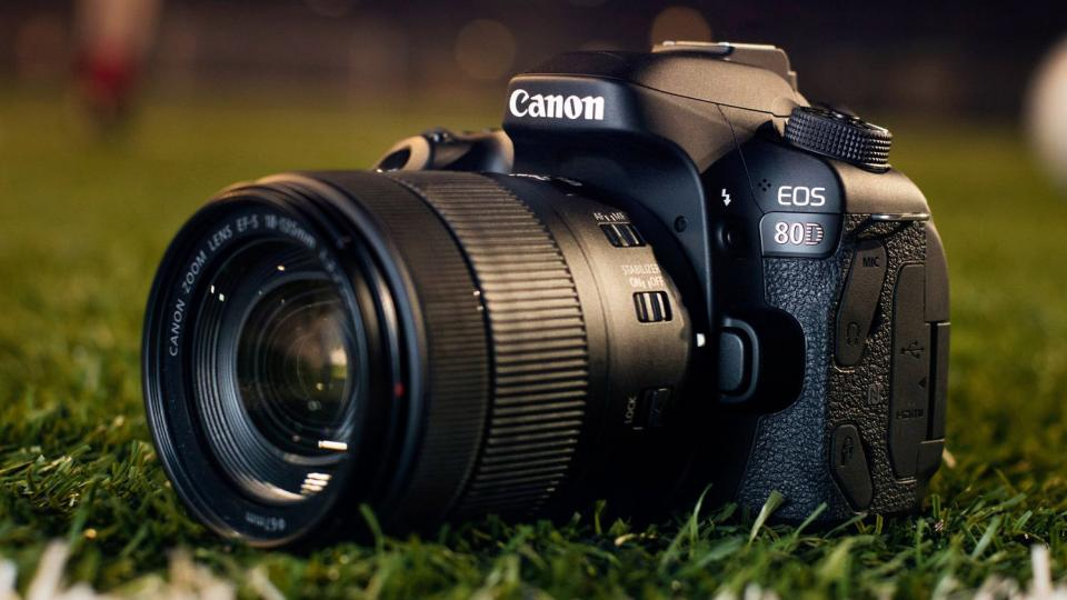 canon eos 80d review a solid upgrade but not much more. Black Bedroom Furniture Sets. Home Design Ideas