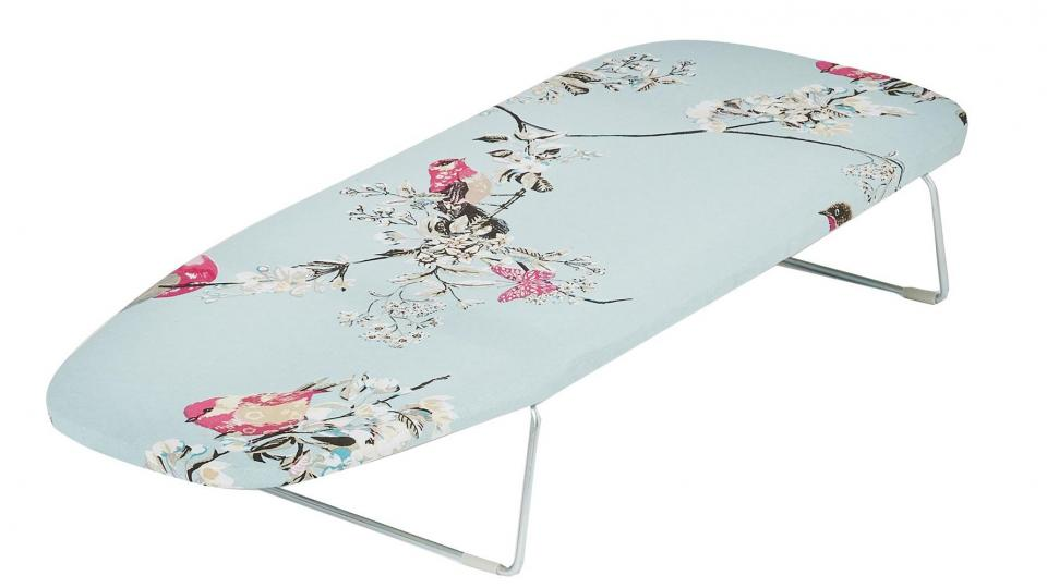 best ironing boards 2017 the best boards for crease free. Black Bedroom Furniture Sets. Home Design Ideas
