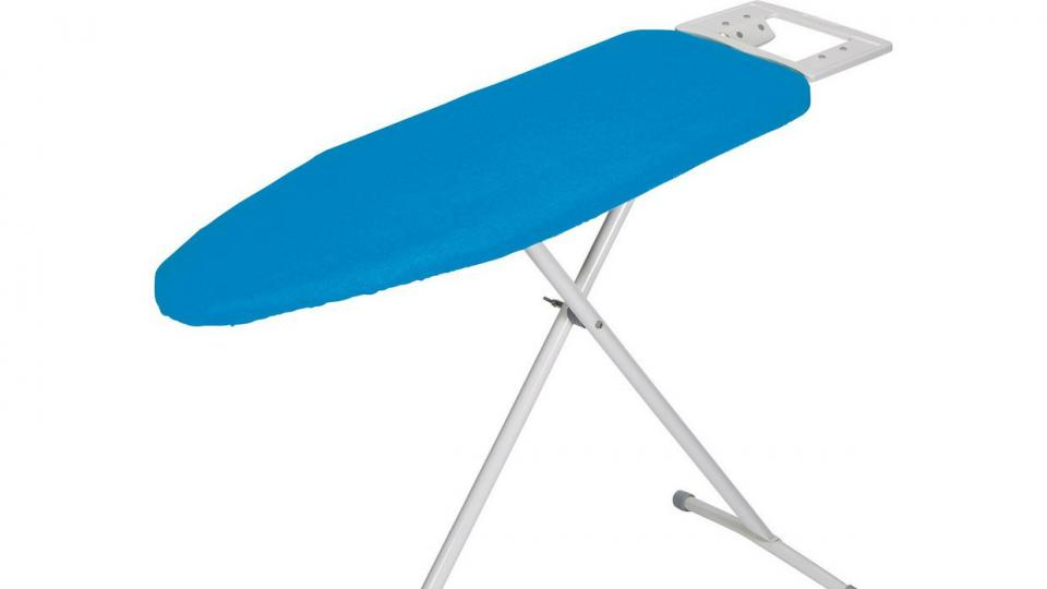 best ironing boards 2018 the best boards for crease free. Black Bedroom Furniture Sets. Home Design Ideas