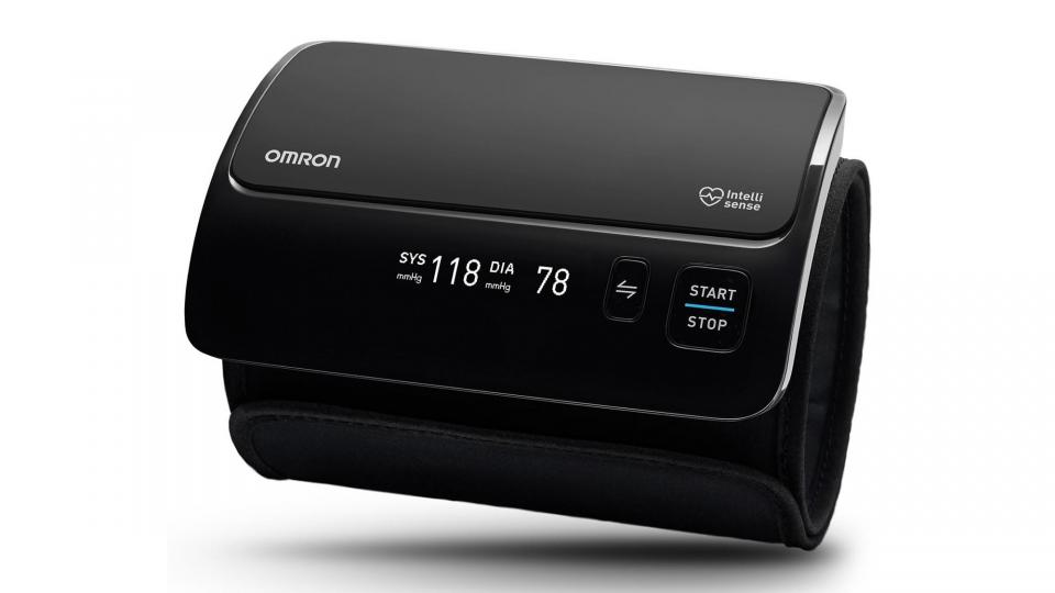 Omron Evolv Bluetooth Wireless Blood Pressure Monitor Review: Keep Blood Pressure in Check With a Sleek Cuff photo