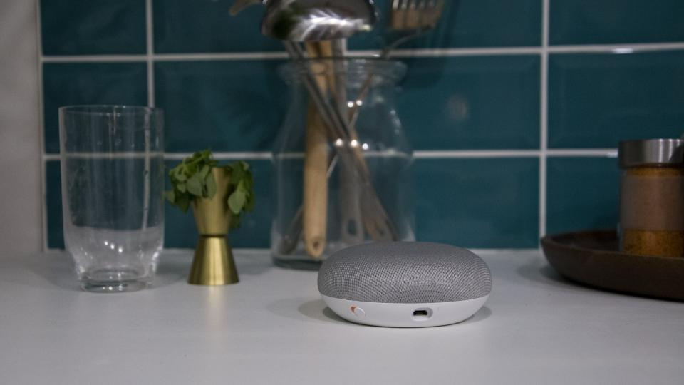 Google Home Mini Review: Googleu0027s Dinky Smart Speaker Can Now Make Calls