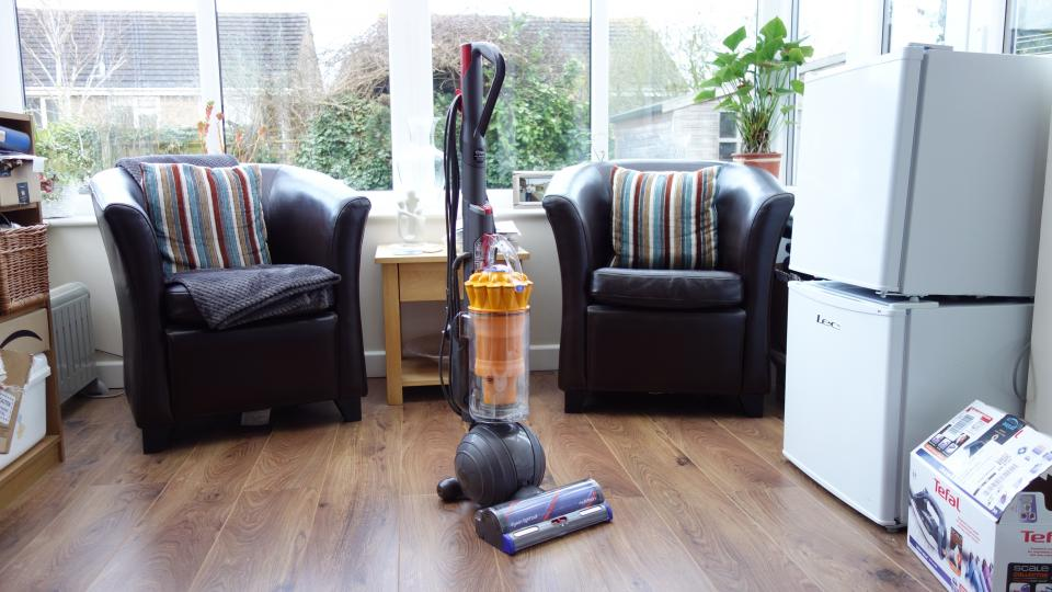 Dyson Light Ball Multi Floor Review Dyson S Cheapest