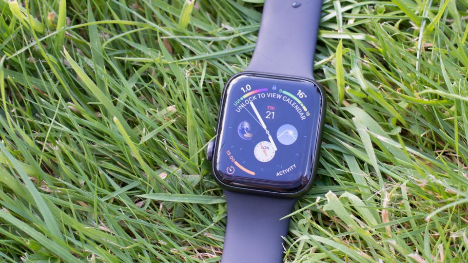 Apple Watch Series 4 review: Still the king of the ...