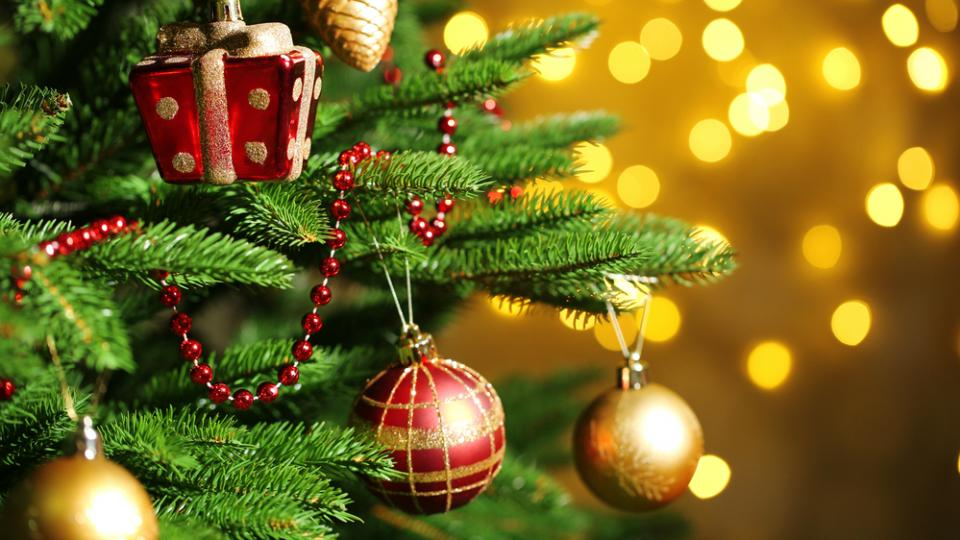 best christmas tree decorations 2018 stylish xmas props from 4 to 89 - Best Christmas Decorations Uk