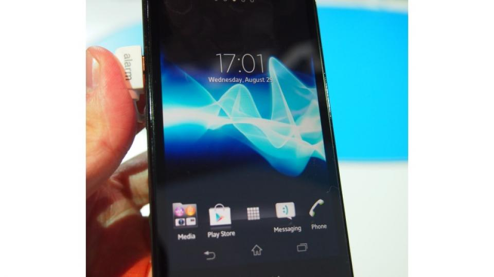Sony Xperia T and TX