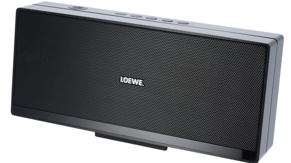 loewe speaker 2go review expert reviews. Black Bedroom Furniture Sets. Home Design Ideas
