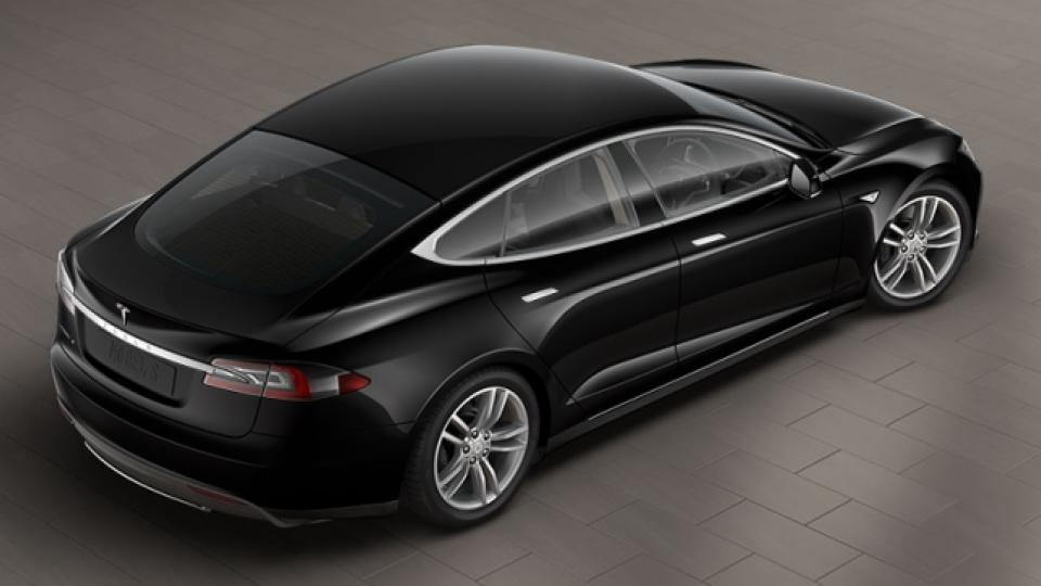 Tesla Model S Hacked Doors Swing Open And Horn Honks