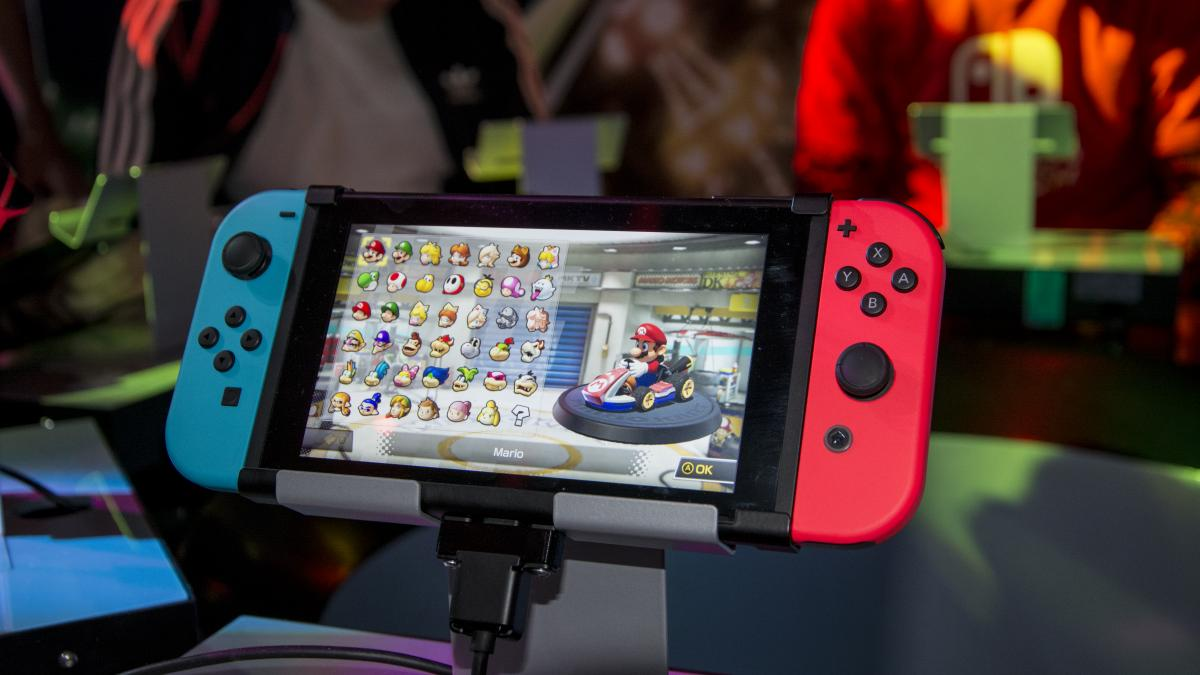 nintendo switch review hands on with nintendo s gamechanger expert reviews