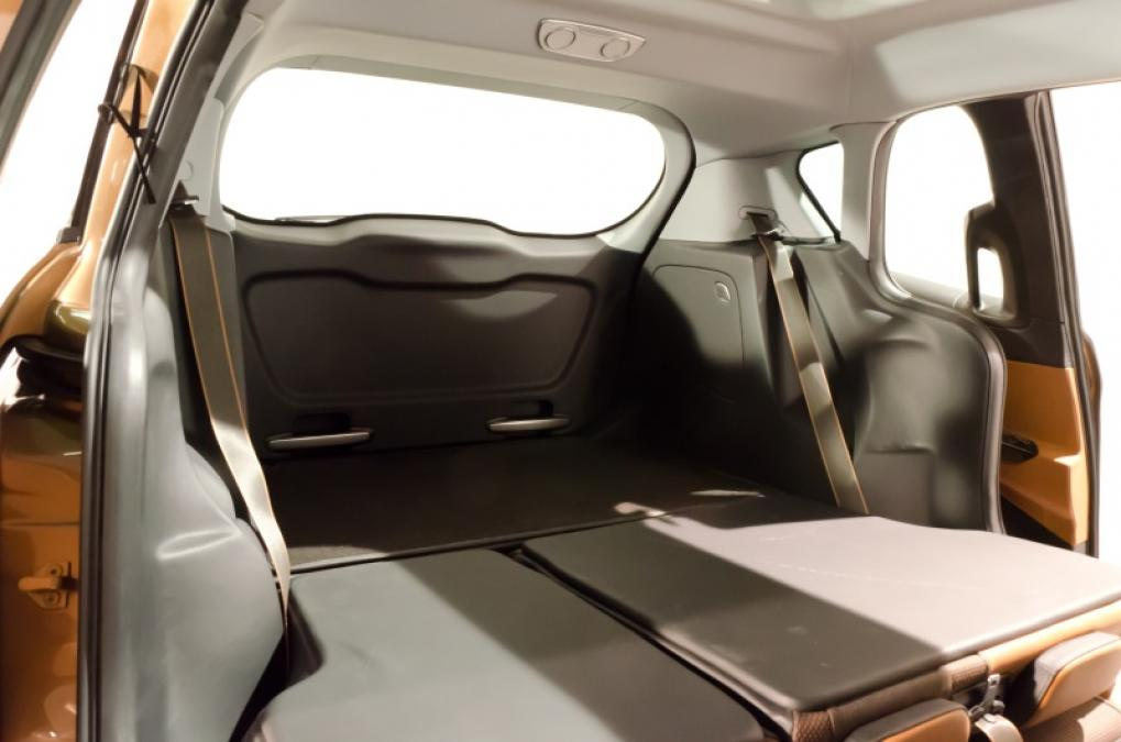 ford b max preview pictures expert reviews. Black Bedroom Furniture Sets. Home Design Ideas