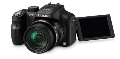 Panasonic Lumix DMC-FZ150 articulated screen