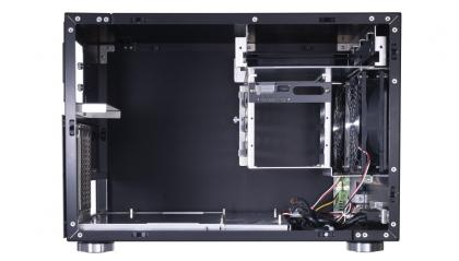 Lian Li PC-V355 Interior