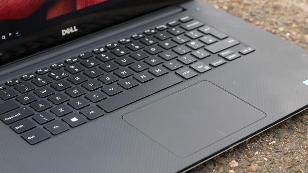 Dell XPS 15 (Late 2015) touchpad