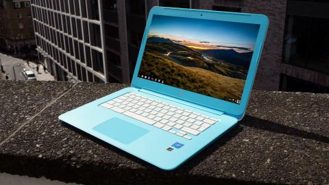 HP Chromebook 14 (2016) front angle