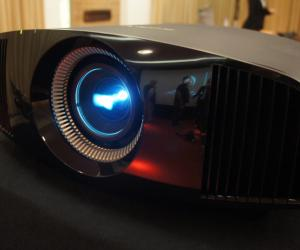Sony VPL-VW300ES projector
